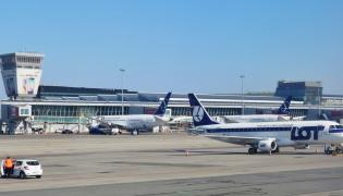 Pewne jest, że cywilny ruch lotniczy zostanie przeniesiony do portu Solidarność