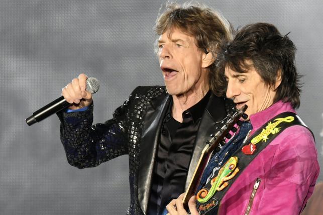 Mick Jagger oraz Ron Wood podczas koncertu The Rolling Stones w Zurychu, 20.09.2017