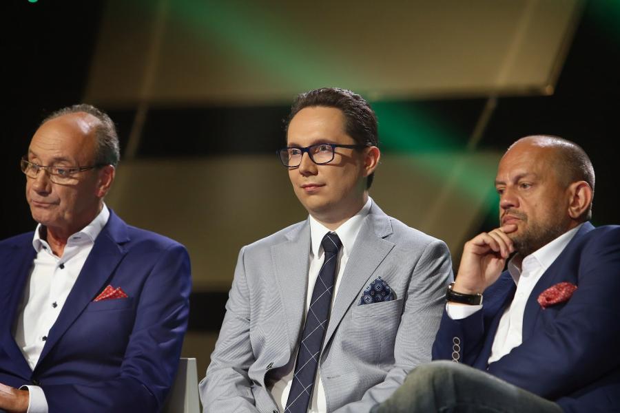 Komentatorzy sportowi TVP: Dariusz Szpakowski, Maciej Iwański i Jacek Laskowski