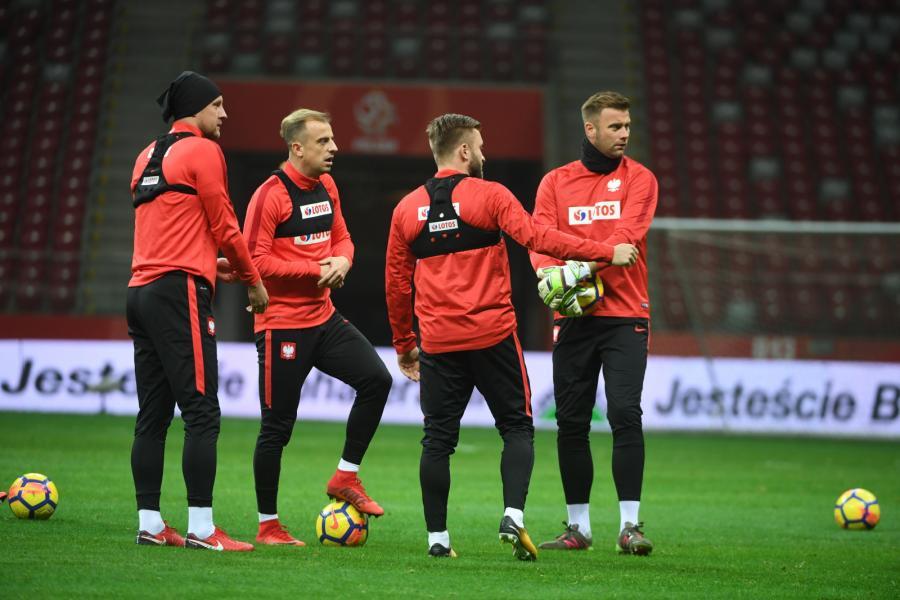 Piłkarze reprezentacji Polski - od lewej: Kamil Glik, Kamil Grosicki, Jakub Błaszczykowski i Artur Boruc