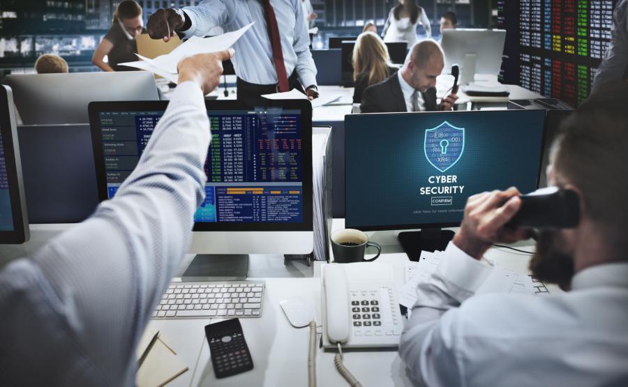Eksperci ds. cyberbezpieczeństwa