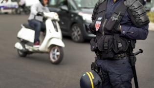 Policja na ulicach. Zdjęcie ilustracyjne.