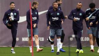 Luis Suarez, Ivan Rakitic, Rafinha Alcantara, Gerard Pique i Arturo Vidal