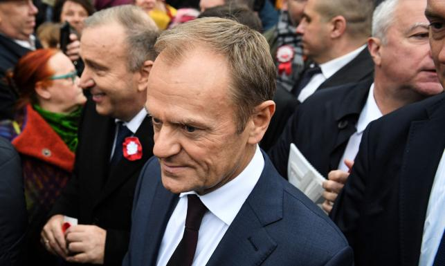 Tusk na 100-lecie niepodległości: Wybacz nam Polsko. Kochamy Cię