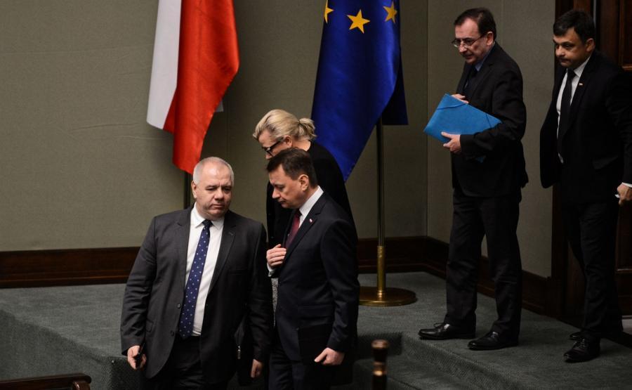 Jacek Sasin (pierwszy z lewej)