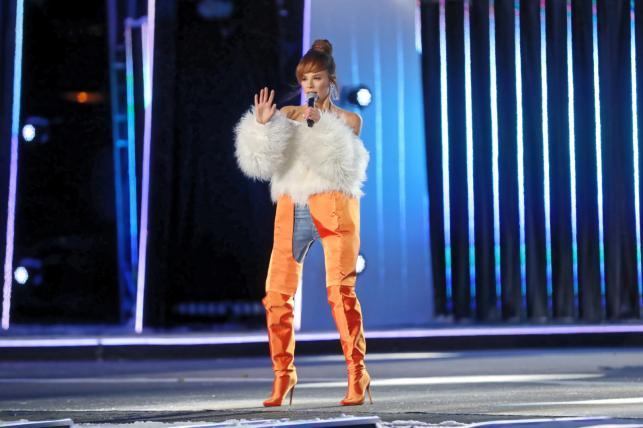 Natalia Szroeder występują podczas Sylwestra z Dwójką w Zakopanem