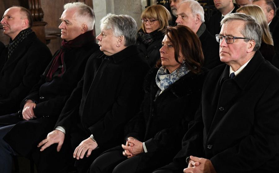 Politycy na pogrzebie