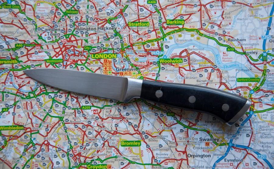 Nóż i mapa Londynu