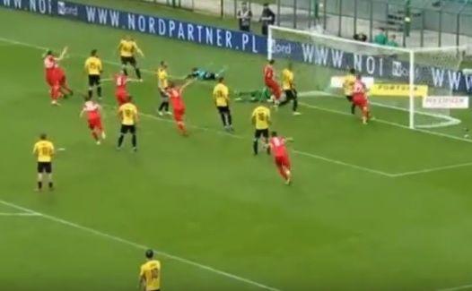 Gol bramkarza przesądził o spadku GKS Katowice