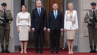 Diana Nausediene i Gitanas Nauseda oraz Andrzej Duda i Agata Kornhauser-Duda