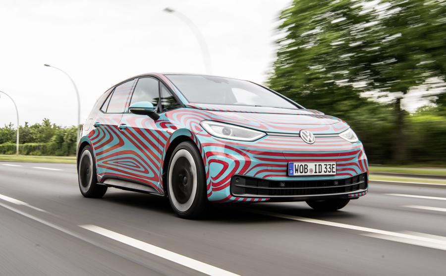ID.3 jest pierwszym samochodem opatrzonym nowym logiem Volkswagena