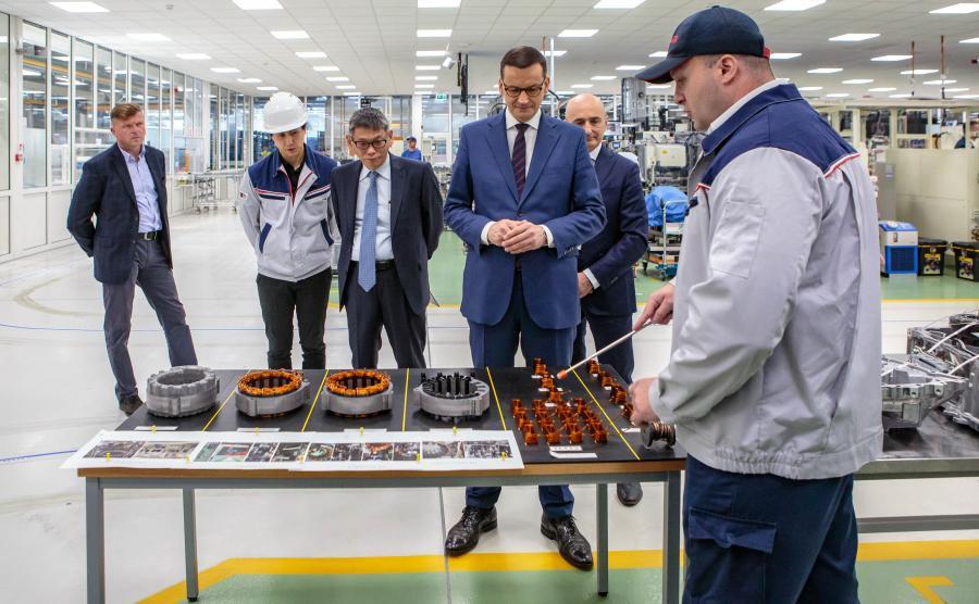 Toyota w Wałbrzychu rozpocznie produkcję kolejnej elektrycznej przekładni (e-CVT - electronic continuously variable transmission) do niskoemisyjnych napędów hybrydowych