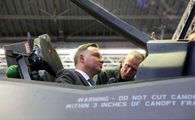 Prezydent Andrzej Duda w F-35