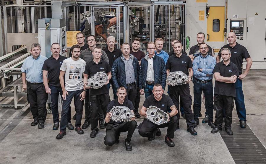 Na potrzeby obsługi nowej linii produkcyjnej przygotowano 15 pracowników (szkolenia przeprowadzono m.in. w Kassel)