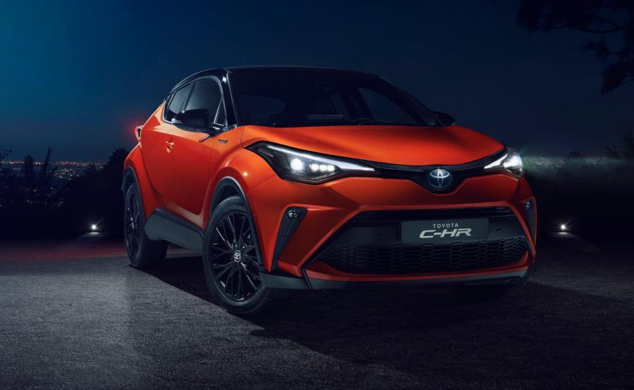 Toyota C-HR nawet dziś wygląda futurystycznie jak prototyp