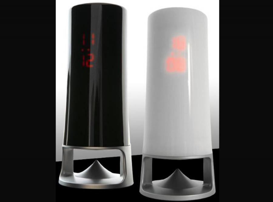 Tower MP3  spokojnie można ustawić na półeczce pod prysznicem