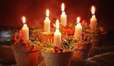 Jak przystroić mieszkanie na święta