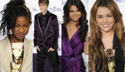 Od lewej: Willow Smith, Justin Bieber, Selena Gomez, Miley Cyrus