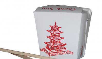 Pudełko z chińskim jedzeniem