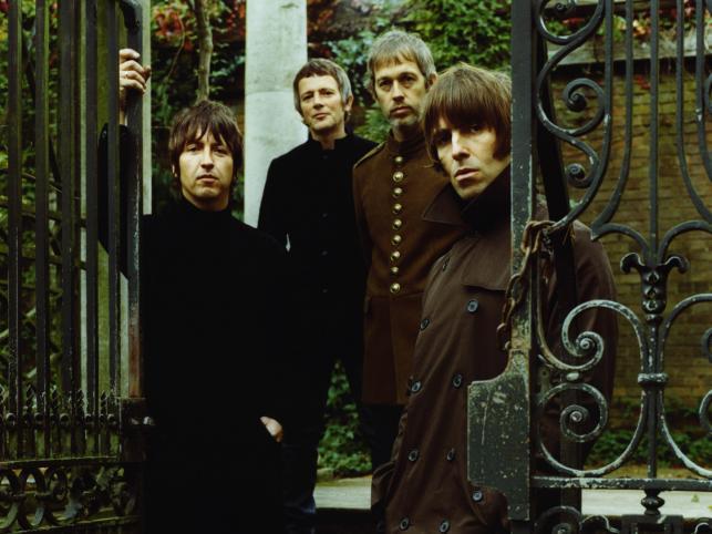 Liam wraz z pozostałymi członkami Oasis założył formację Beady Eye