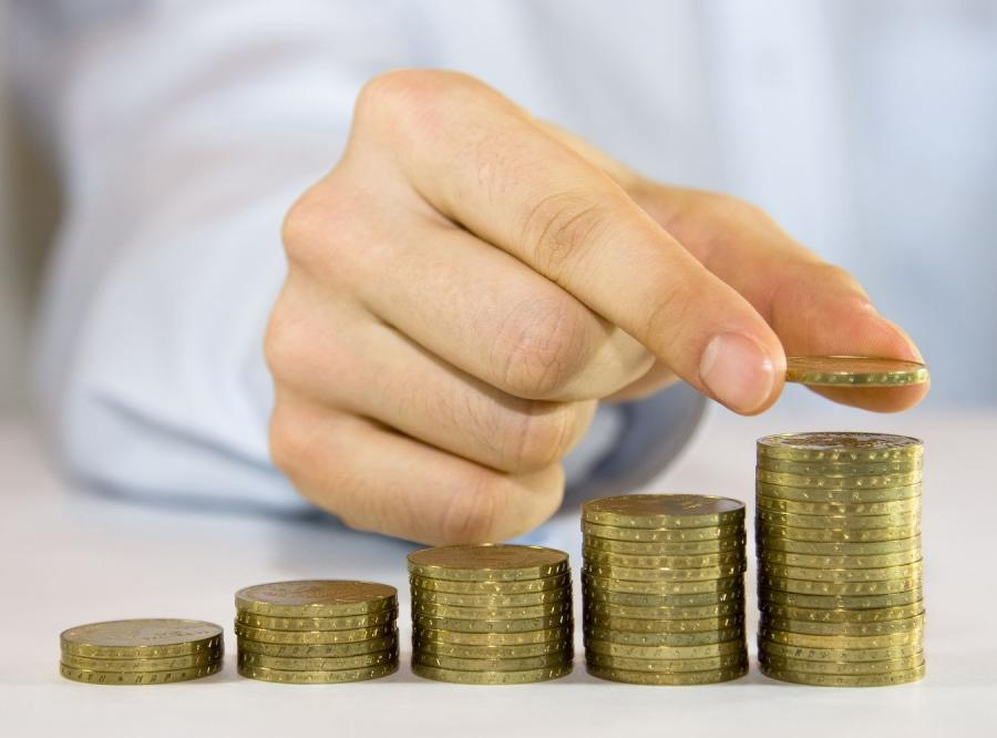 Instytut badania opinii założył piramidę finansową