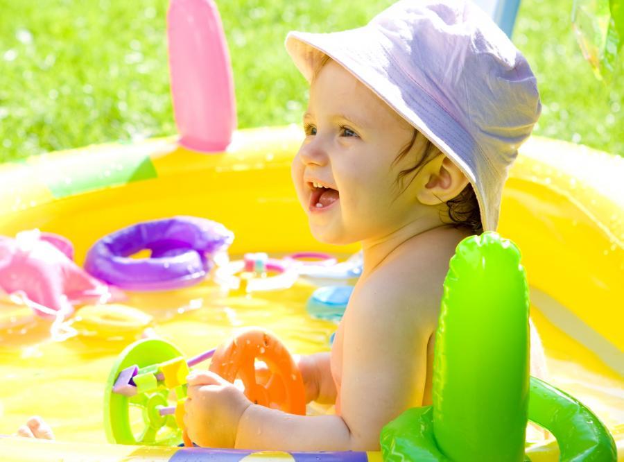 Maluchy mają być bezpieczniejsze w kąpieli dzięki nowym przepisom