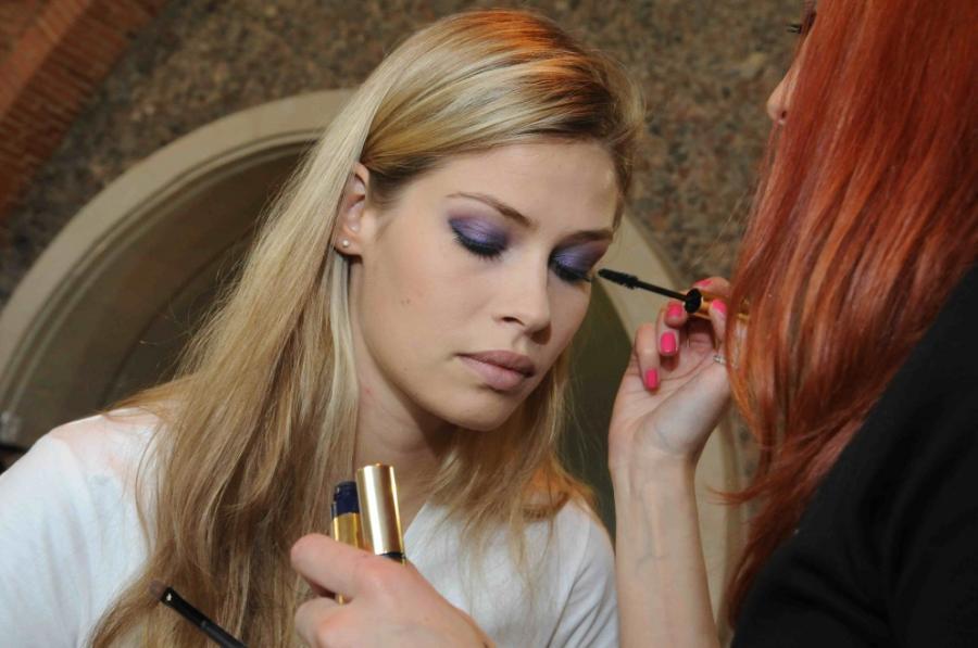 Wykonanie perefkcyjnego makijażu to prawdziwa sztuka!