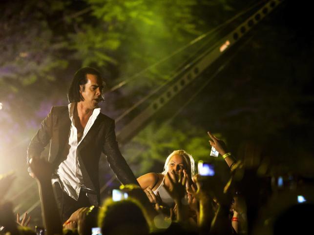 Nick Cave ze swoim zespołem Grinderman na festiwalu EXIT w Serbii