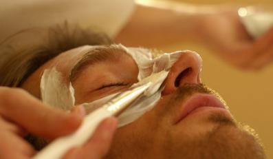 Mężczyźni kupują coraz więcej kosmetyków