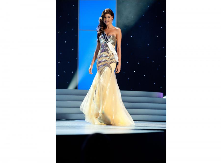 Miss Paragwaju 2011, Alba Riquelme