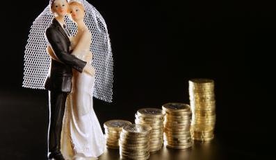 Im niżej małżonkowie cenią pieniądze, tym lepszy jest ich związek