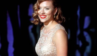 Scarlett Johansson jest seksowną kosmitką