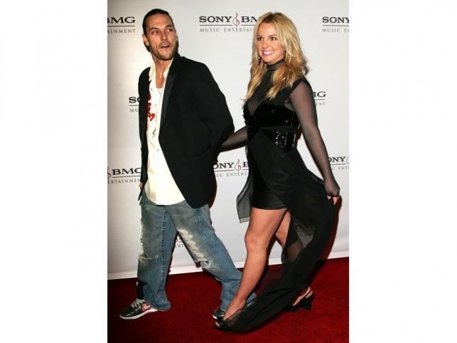 Britney Spears urodziła dwóch synów Kevinowi Federline'owi.