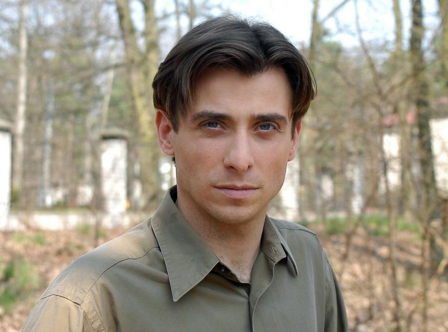 Kacper Kuszewski jako Marek Mostowiak