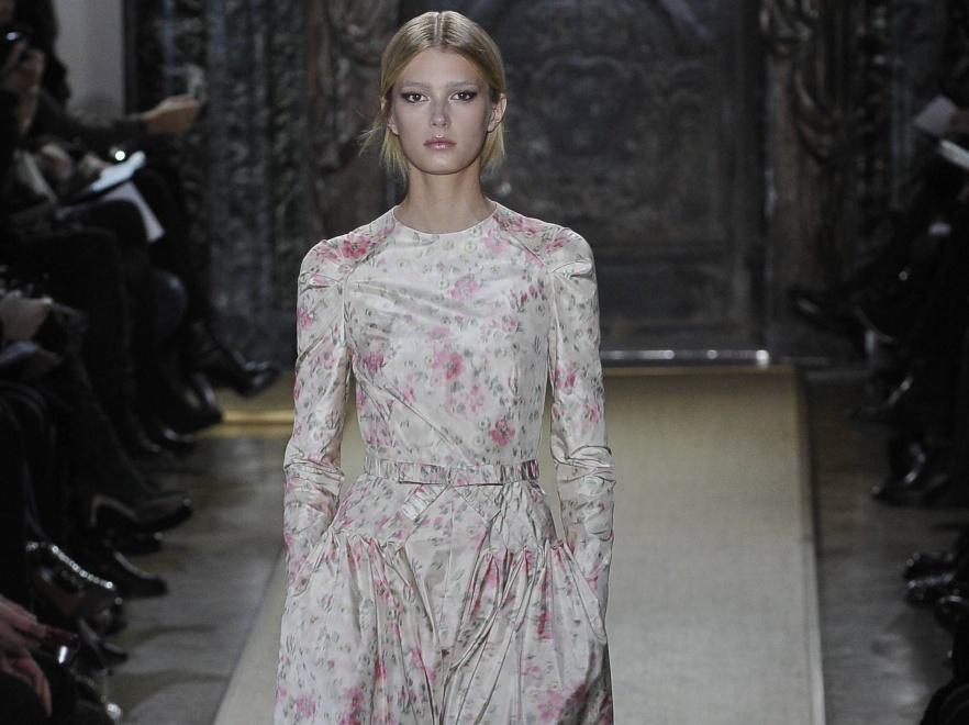 Pokaz haute couture Valentino wiosna/lato 2012.