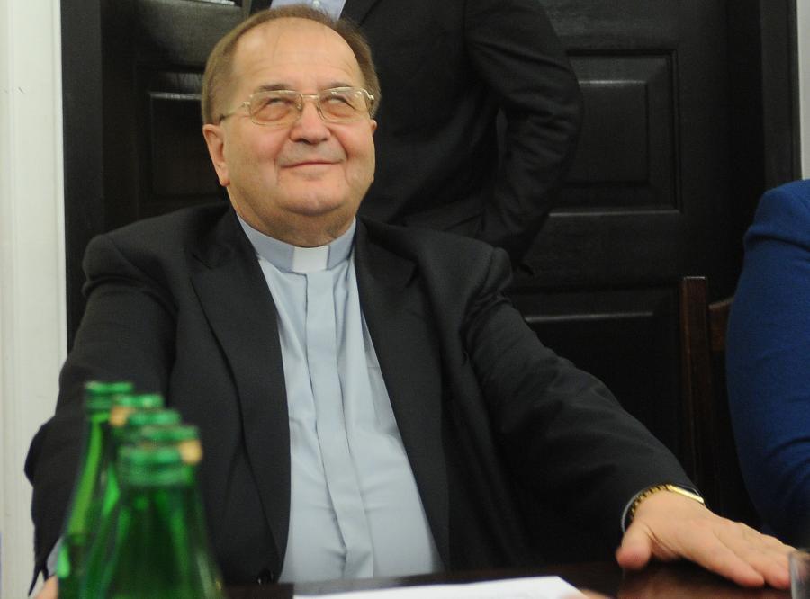 Maybach ojca Tadeusza Rydzyka to temat zakazany?