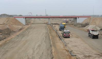 Minister o popękanych autostradach: Normalne w naszym klimacie
