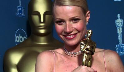 """Gwyneth Paltrow zdobyła w 1999 r. statuetkę za rolę w """"Zakochanym Szekspirze"""" i zalała sięłzami"""