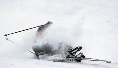 Upadek narciarza