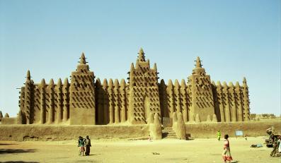 MEczet z błota w Mali