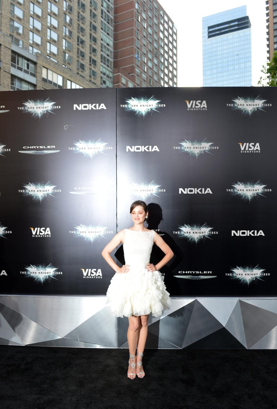 """Marion Cotillard na premierze filmu """"Mroczny rycerz powstaje"""" w Nowym Jorku"""