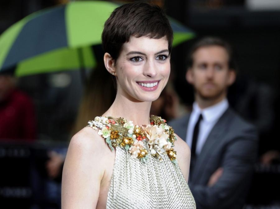 Anne Hathaway na londyńskiej premierze filmu \