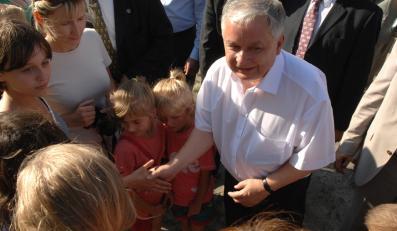 Lech Kaczyński będzie dziś podróżował z bliźniakami Kaczyńskimi