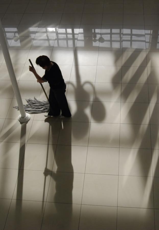 Dyrektor tylko o punkt wyprzedza sprzątaczkę, a makler zajmuje czwarte miejsce... od końca
