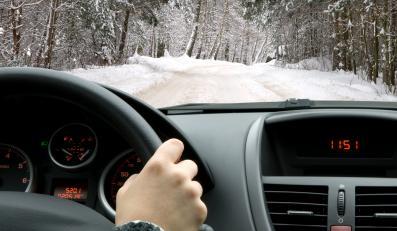 Jazda w zimie - zdjęcie ilustracyjne