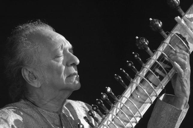 W wieku 92 lat zmarł legendarny Ravi Shankar
