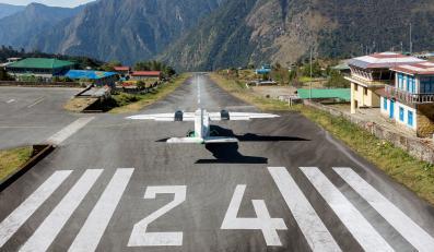 Lukla w Himalajach to najbardziej niebezpieczne lotnisko świata
