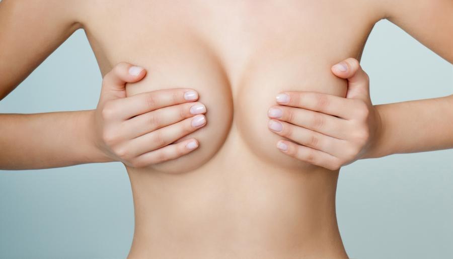 Małe piersi
