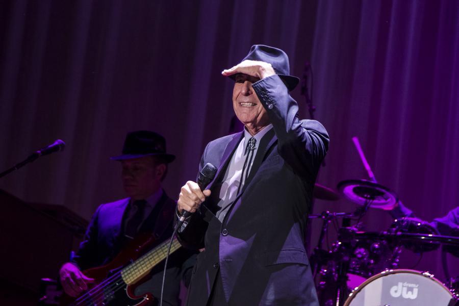 Koncertowy Leonard Cohen w tym roku