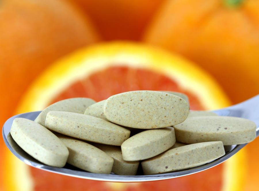 Czym grozi przedawkowanie witaminy C?